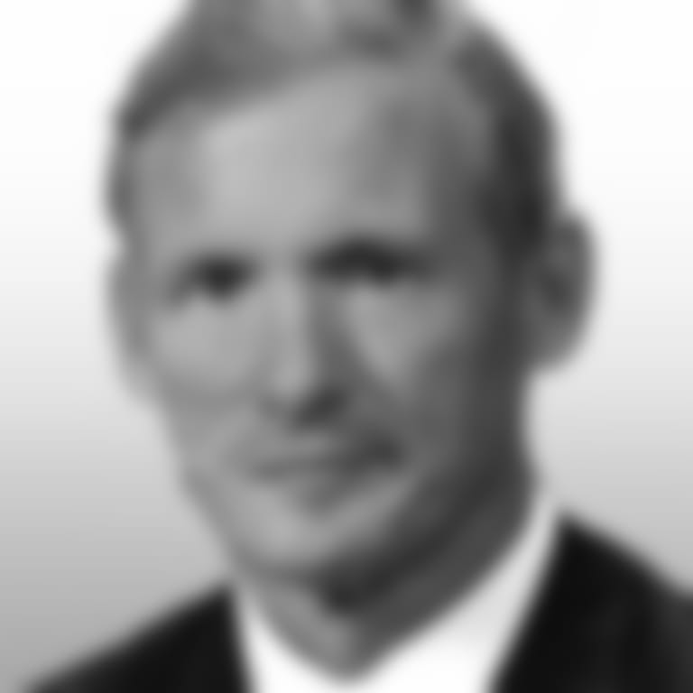 Headshot picture of Mike Mayock