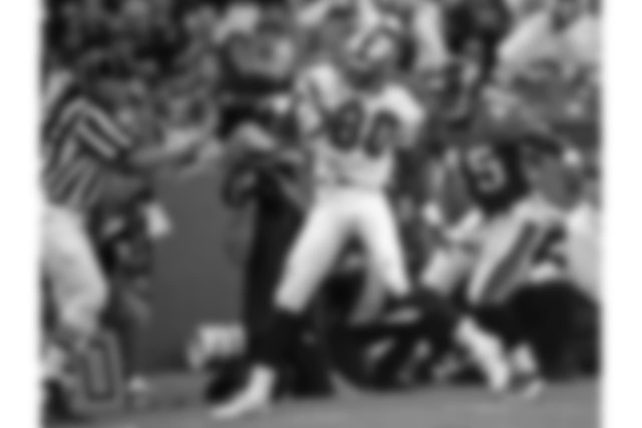 Aug. 18, 1997 -- Jerry Rice runs during a preseason game.