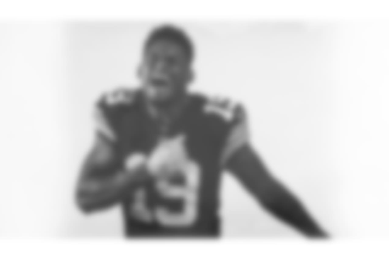 JuJu Smith-Schuster wears the latest throwback jersey that honors the Super Bowl XIII and XIV teams.