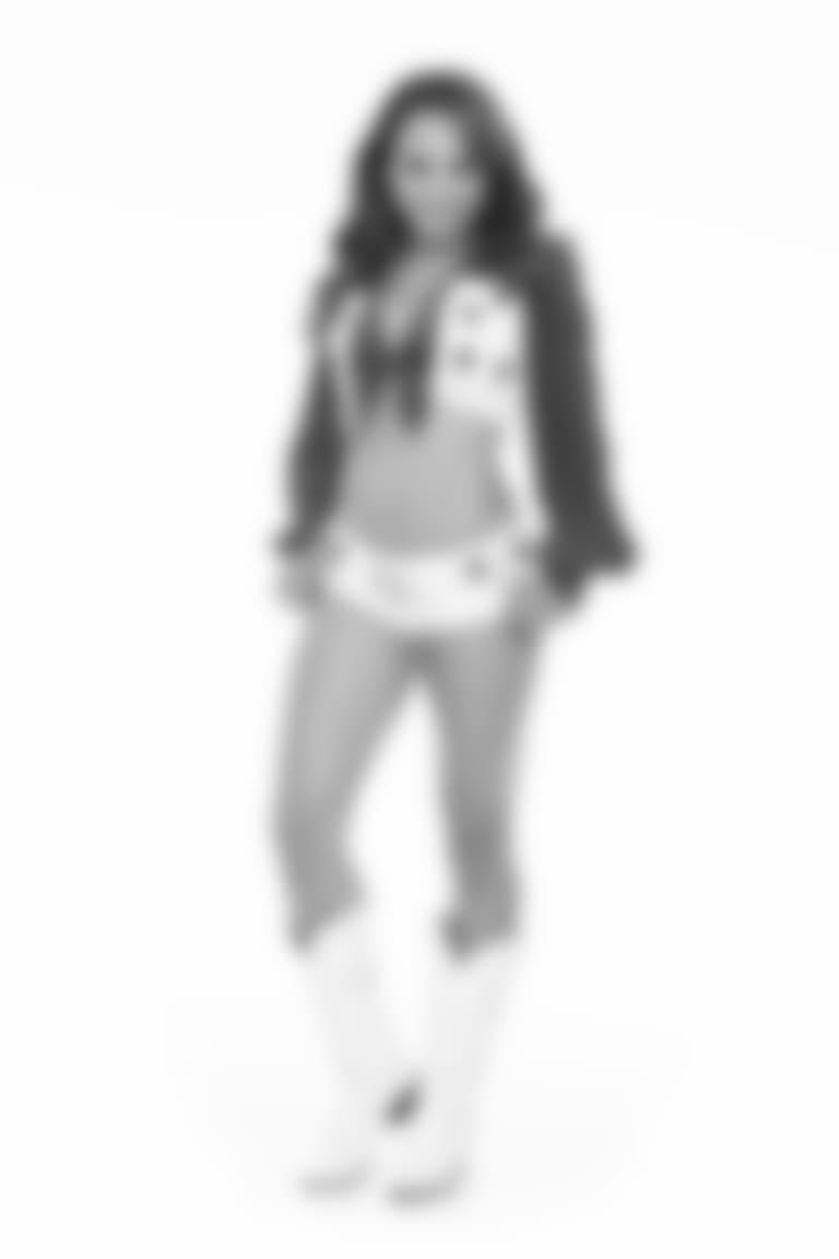New-Jenna-cameo17