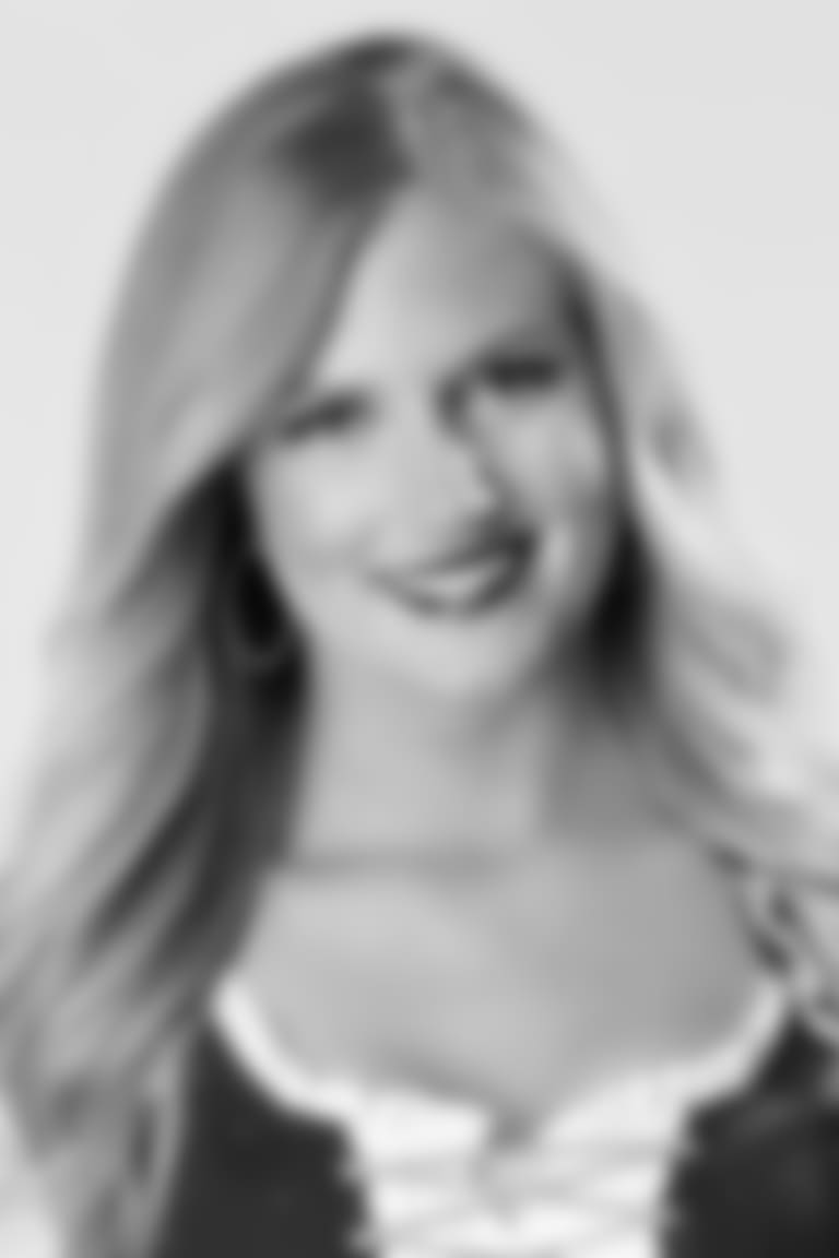 Megan S_Headshot