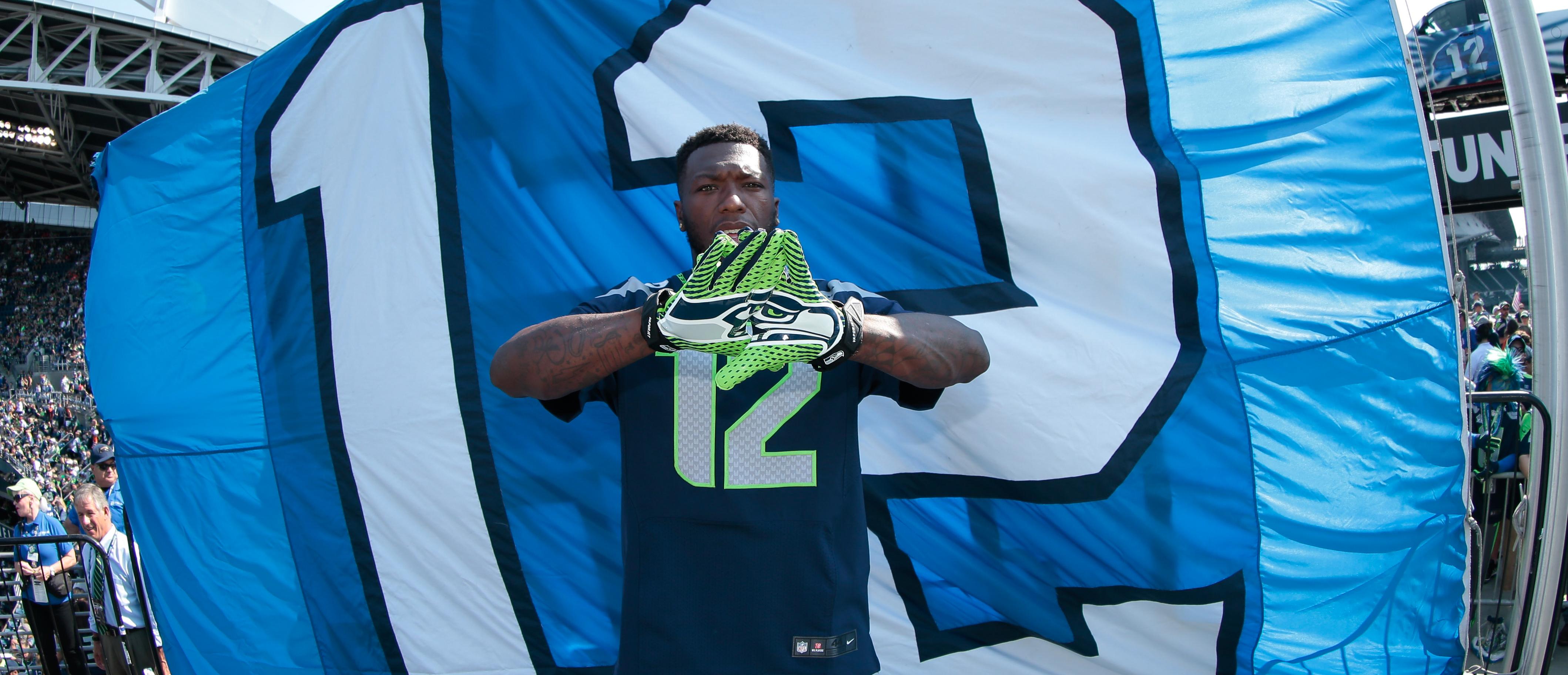 Seattle Seahawks 12 Flag Raisers Seattle Seahawks Seahawks Com