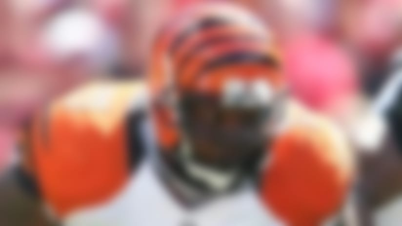 Report: Bengals' Andre Smith wants $9M per season