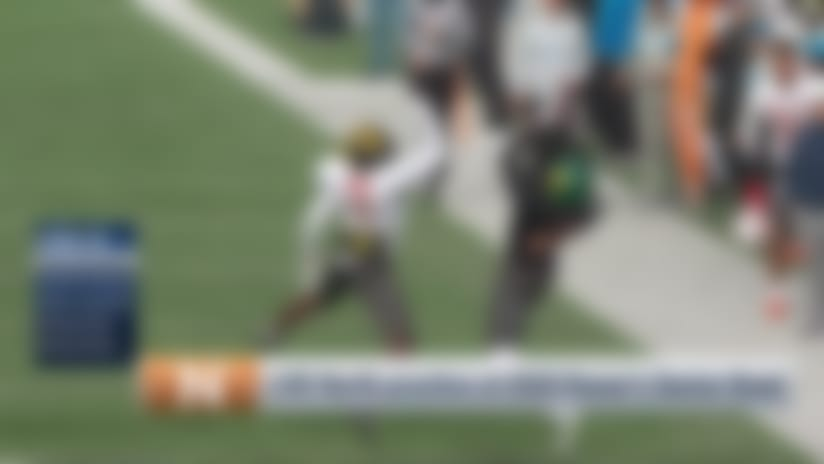 Jordan Love dials up long pass to Denzel Mims who makes incredible catch