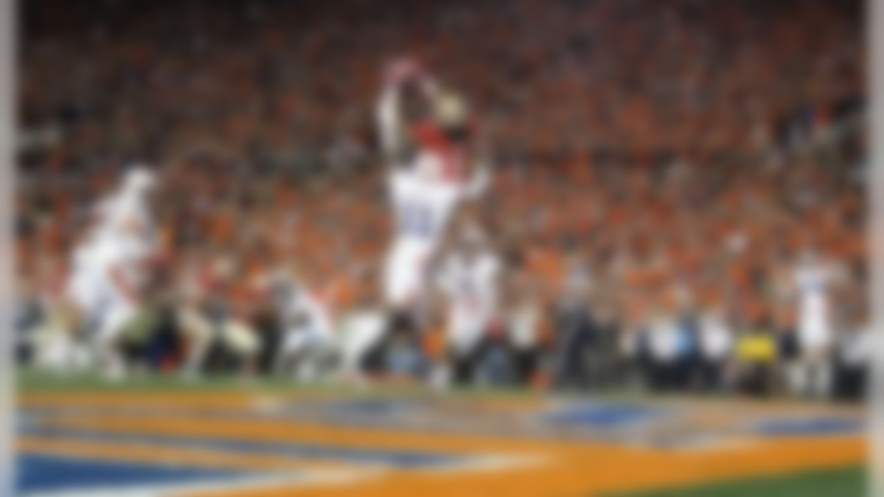 Florida State Seminoles wide receiver Kelvin Benjamin scores the game winning touchdown during the BCS National Championship NCAA college football game against the Auburn Tigers at the Rose Bowl in Pasadena, Calif., on Jan. 6, 2013. (Ben Liebenberg/NFL)