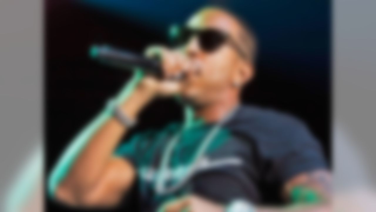 The skinny: Ludacris (real name Chris Bridges) is a Georgia State alum. He has appeared in videos for the school, including one in which he wore a Georgia State football jersey. In addition, he starred in a video in 2013 touting the school's first season as a FBS member.