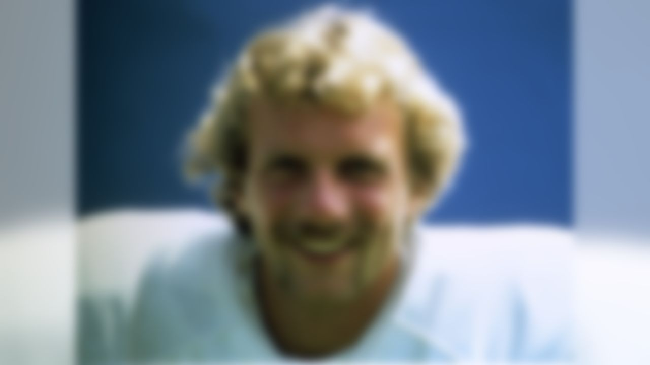 San Francisco 49ers Hall of Fame quarterback Joe Montana, shown here in 1979, his rookie year. (National Football League)