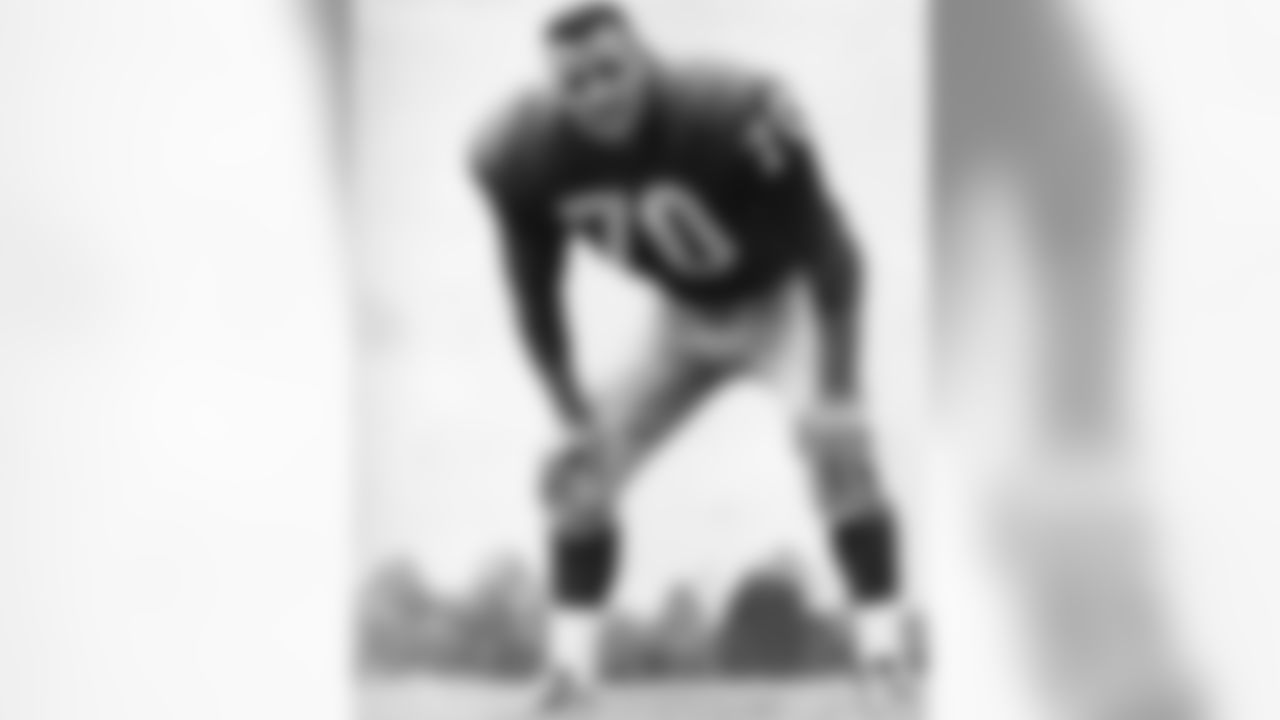 New York Giants Hall of Fame linebacker Sam Huff in an undated image, circa 1956-63. (Associated Press)