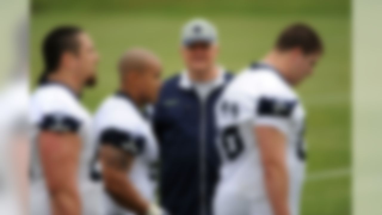 IRVING, TX - MAY 01:  Head coach Wade Phillips of the Dallas Cowboys during rookie mini camp on May 1, 2009 in Irving, Texas.  (Photo by Ronald Martinez/Getty Images)