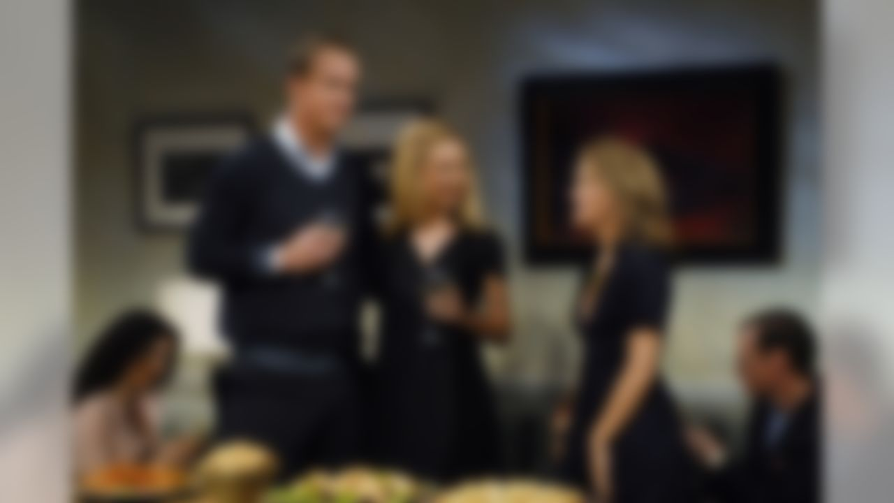 Peyton Manning Season 32, Episode 16 (Dana Edelson/NBCU Photo Bank)