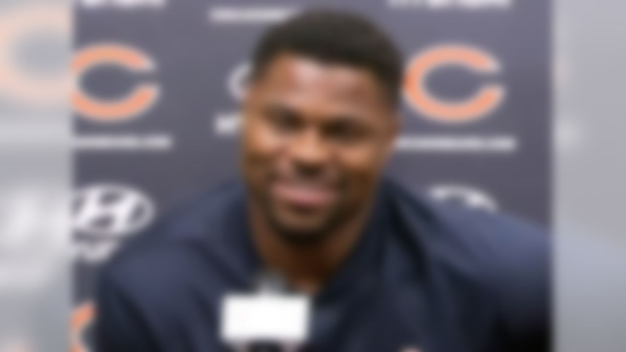 At 27 years old, Mack was traded by the Raiders to the Bears prior to the 2018 season. The Raiders receiver 1st & 6th-round picks in 2019, 1st & 3rd-round picks in 2020, while the Bears received Mack, 2nd-round pick in 2020, and a conditional 5th-round pick in 2020. The Bears signed Mack to a six-year, $141 million contract extension that makes him the highest-paid defensive player in the NFL at the moment.