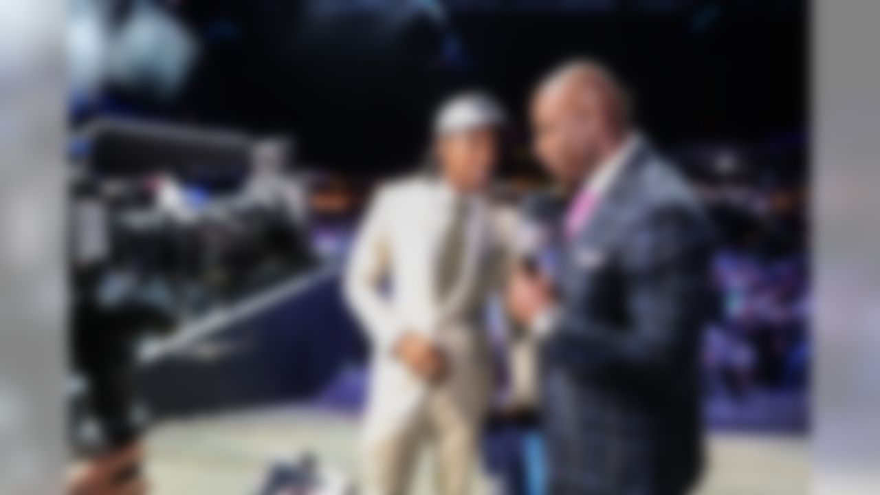 NFL Network analyst and Pro Football Hall of Famer Deion Sanders speaks with USC cornerback Adoree� Jackson during the 2017 NFL Draft on Thursday, April 27, 2017 in Philadelphia. (Ben Liebenberg via AP)