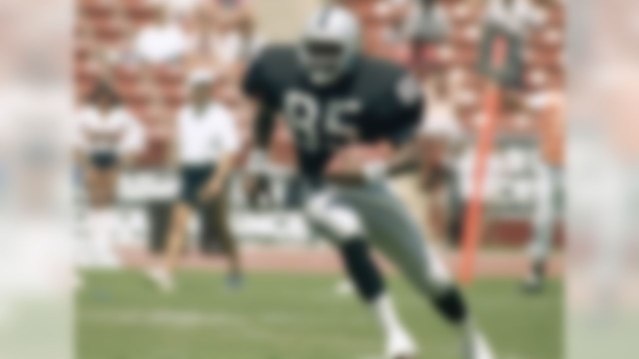 1987 Heisman Trophy winner (Notre Dame) -- Brown was a member of the Oakland Raiders team that advanced to Super Bowl XXXVII, as well as a nine-time Pro Bowl selection. Brown was inducted into the Pro Football Hall of Fame in 2015.
