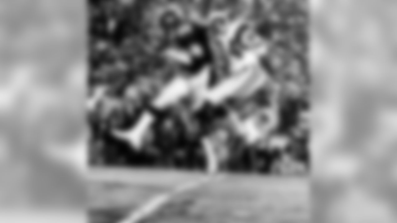 Pittsburgh Steelers linebacker Jack Lambert intercepts a pass that was intended for Los Angeles Rams wide receiver Ron Smith in  31-19 win over the Los Angeles Rams in Super Bowl XIV on January 20, 1980 at Rose Bowl. (Photo by Vernon Biever/NFL Photos)