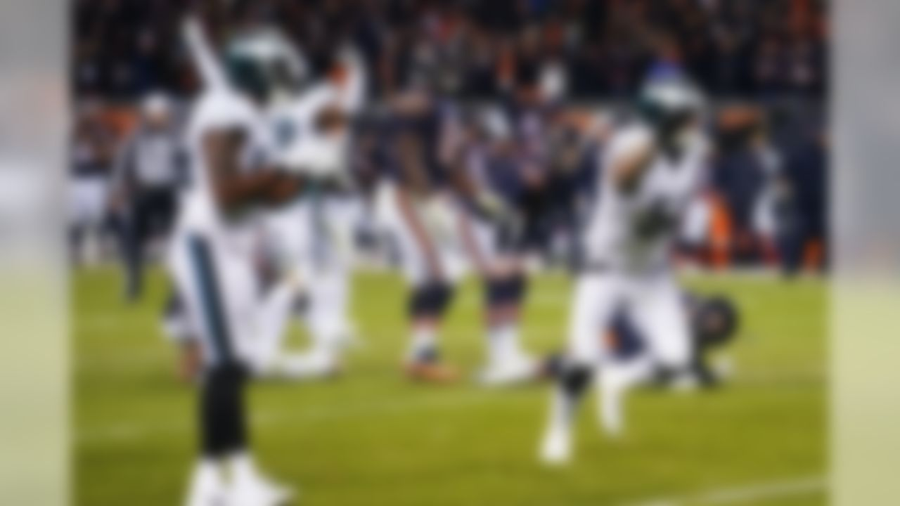 Chicago Bears kicker Cody Parkey (1) looks on as his field goal attempt hits the left post, the crossbar, and bounces short of the field goal post to end an NFL football NFC Wild Card playoff game against the Philadelphia Eagles. The Bears lost to the Eagles 16-15.