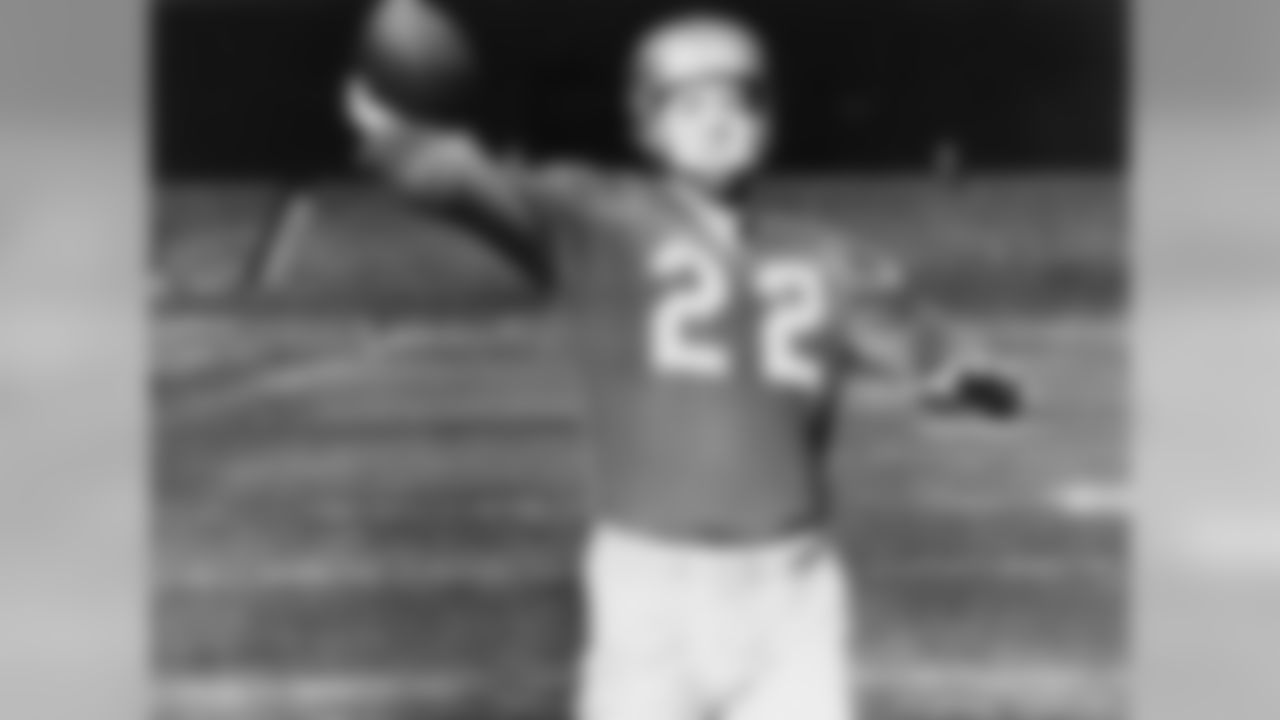 Clutch on the field and off of it, Layne was the field general for the last Detroit Lions teams to attain ultimate championship glory. The free-spirited Layne was a three-time NFL champion while with the Lions, and then the Pro Football Hall of Fame quarterback was traded to the Pittsburgh Steelers in 1958. After being traded from one of the league's dominant teams of the time to one of its worst, Layne -- according to legend -- said the Lions wouldn't win another championship in 50 years. He was right. That 1957 championship is the last the Lions have won.