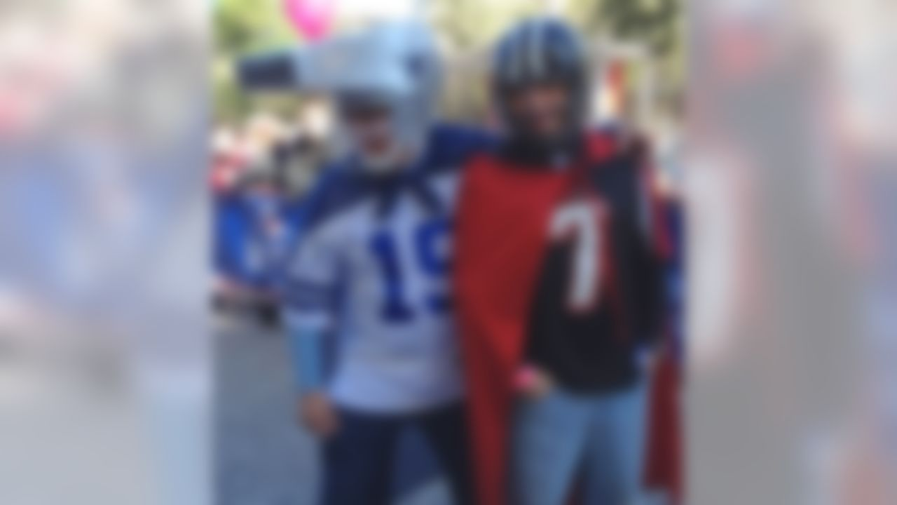 NFL fans enjoy taking part in the NFL Experience in Mexico City on March 3.  (NFL.com)