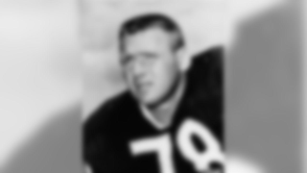 Stan Jones of the Chicago Bears, November 1963. (Associated Press)