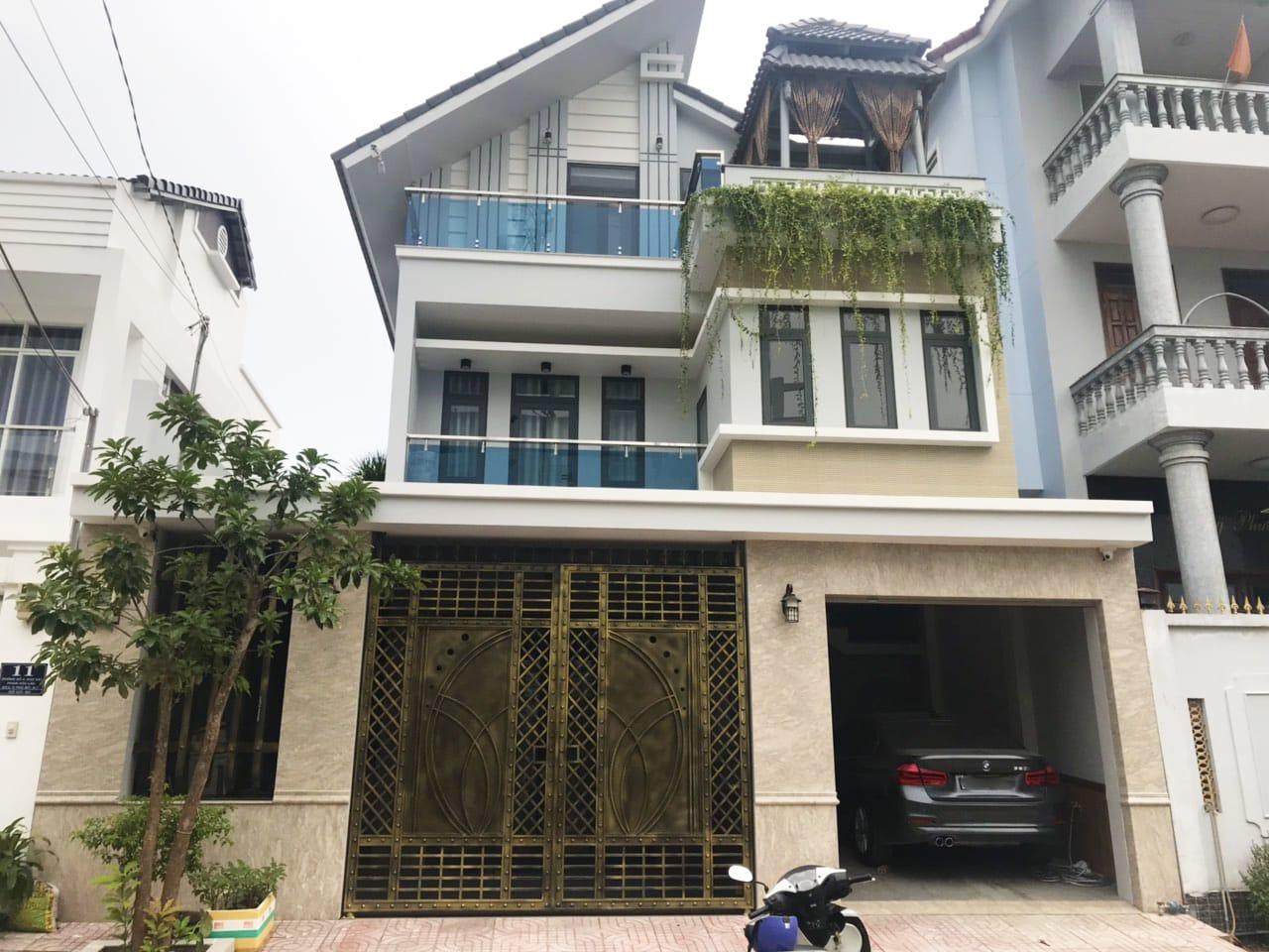 Bán Biệt Thự Quận 7 Phạm Hữu Lầu Cực Đẹp