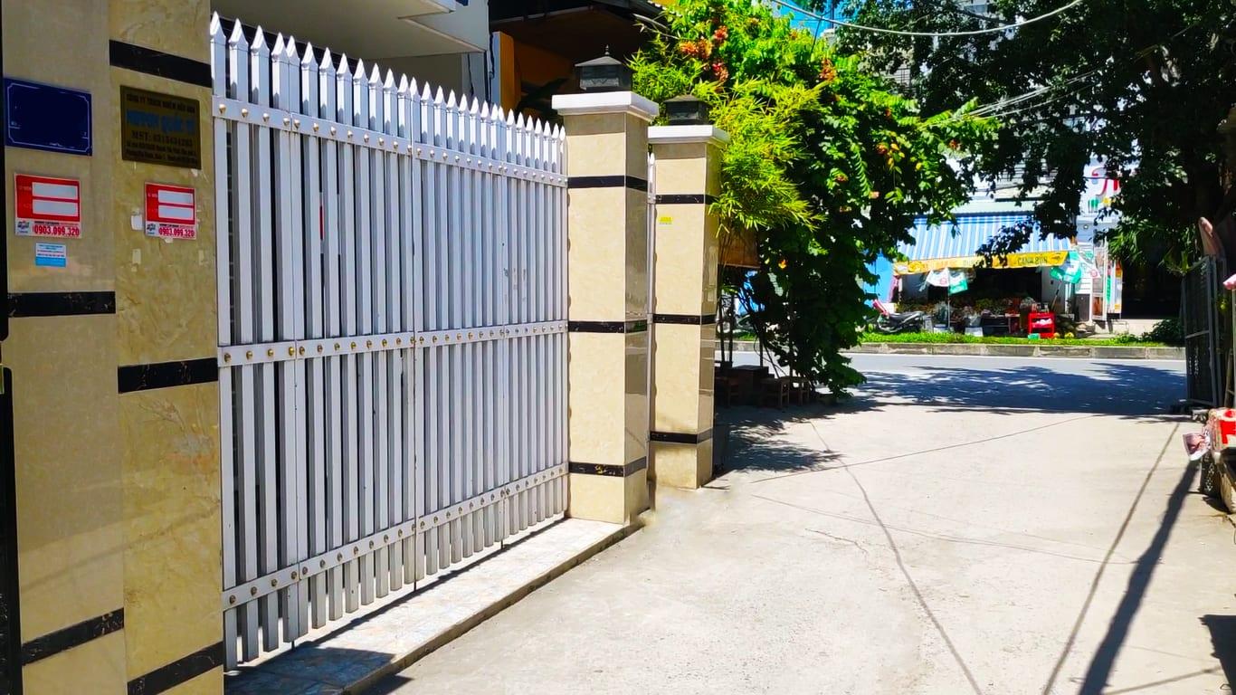 Nhà Bán Quận 7 KDC Phú Thuận Lô Nhì Hẻm Xe Hơi