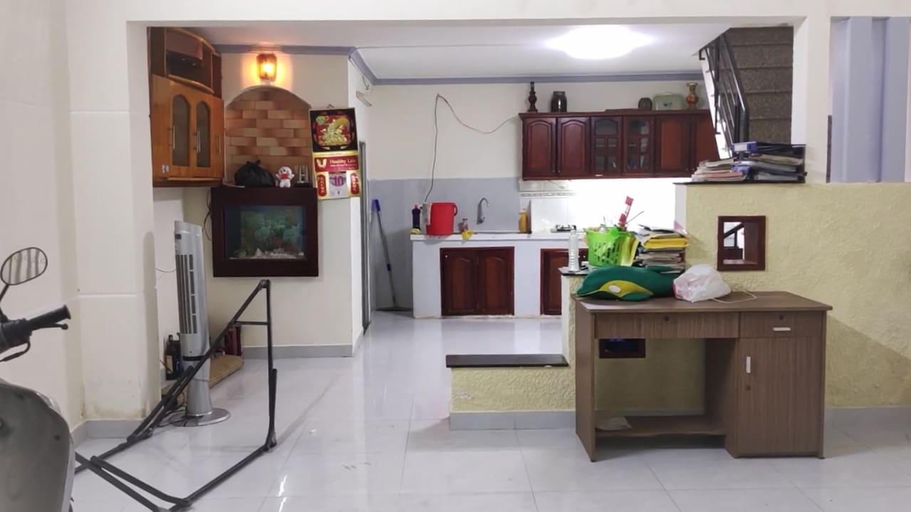 Bán Nhà Kiều Đàm Quận 7. DT 4.5x11m, 3 Tầng