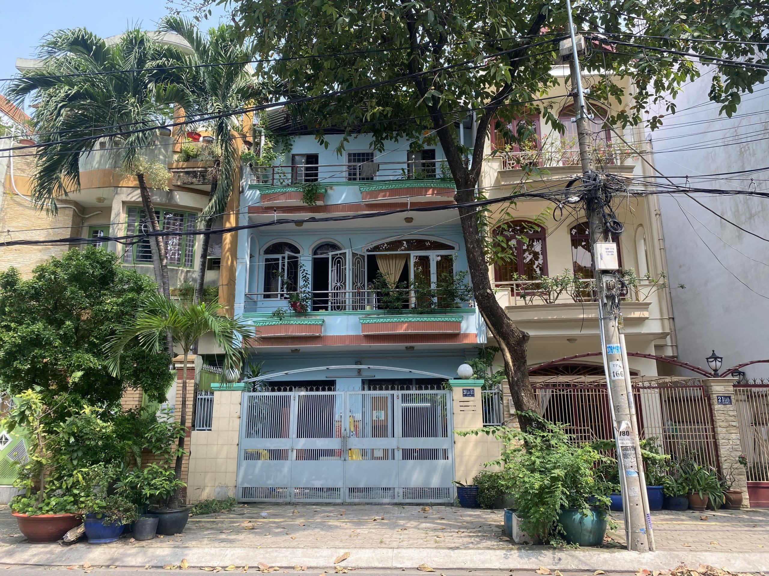 Bán Nhà Mặt Tiền Đường 40 Tân Quy Đông, DT 6x18m 1 Trệt 2 Lầu – Giá 15 Tỷ