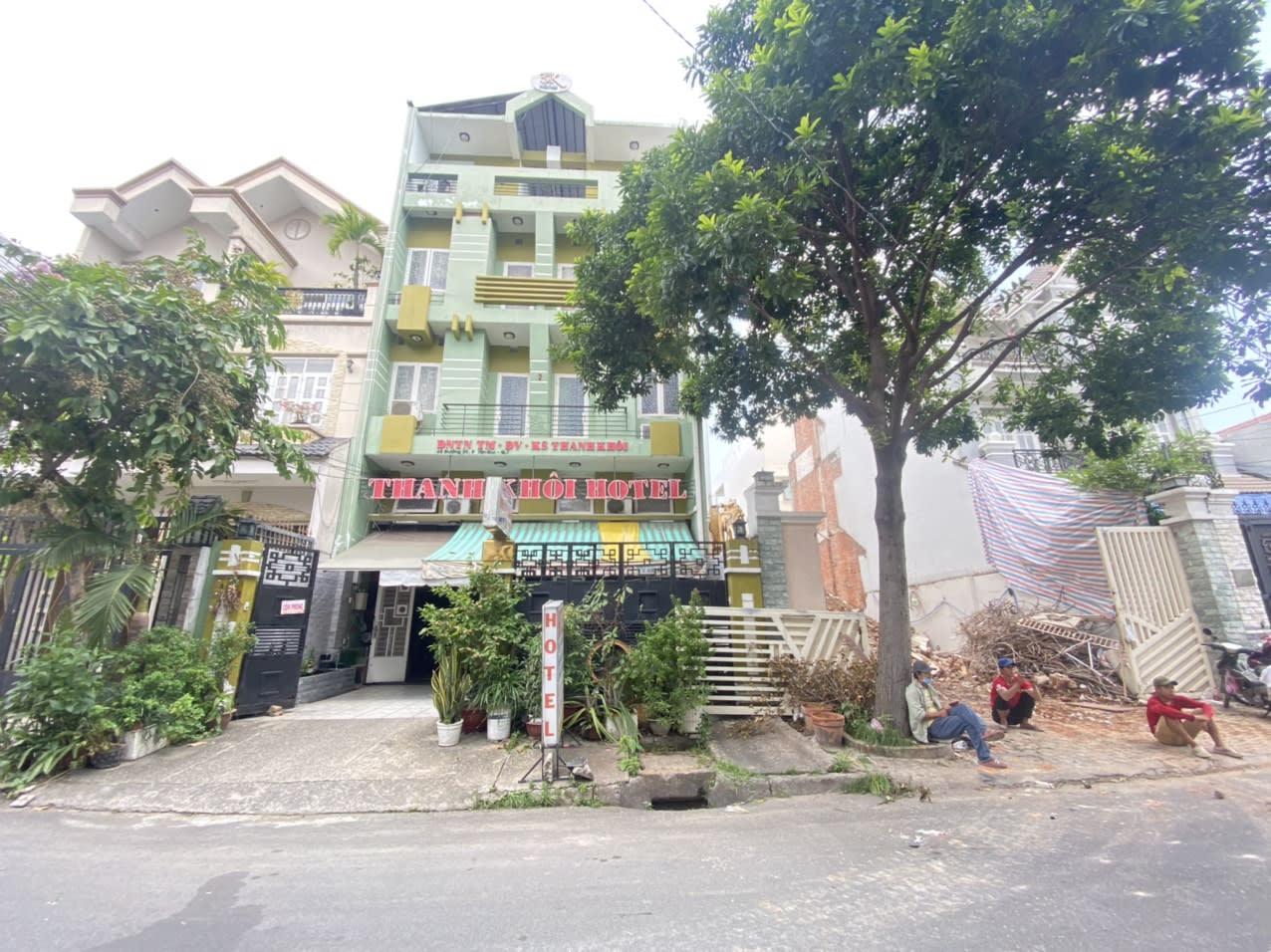 Bán Khách Sạn Khu Tân Quy Quận 7, DT 7.8x19m 140m2 14 Phòng – Giá 25 Tỷ