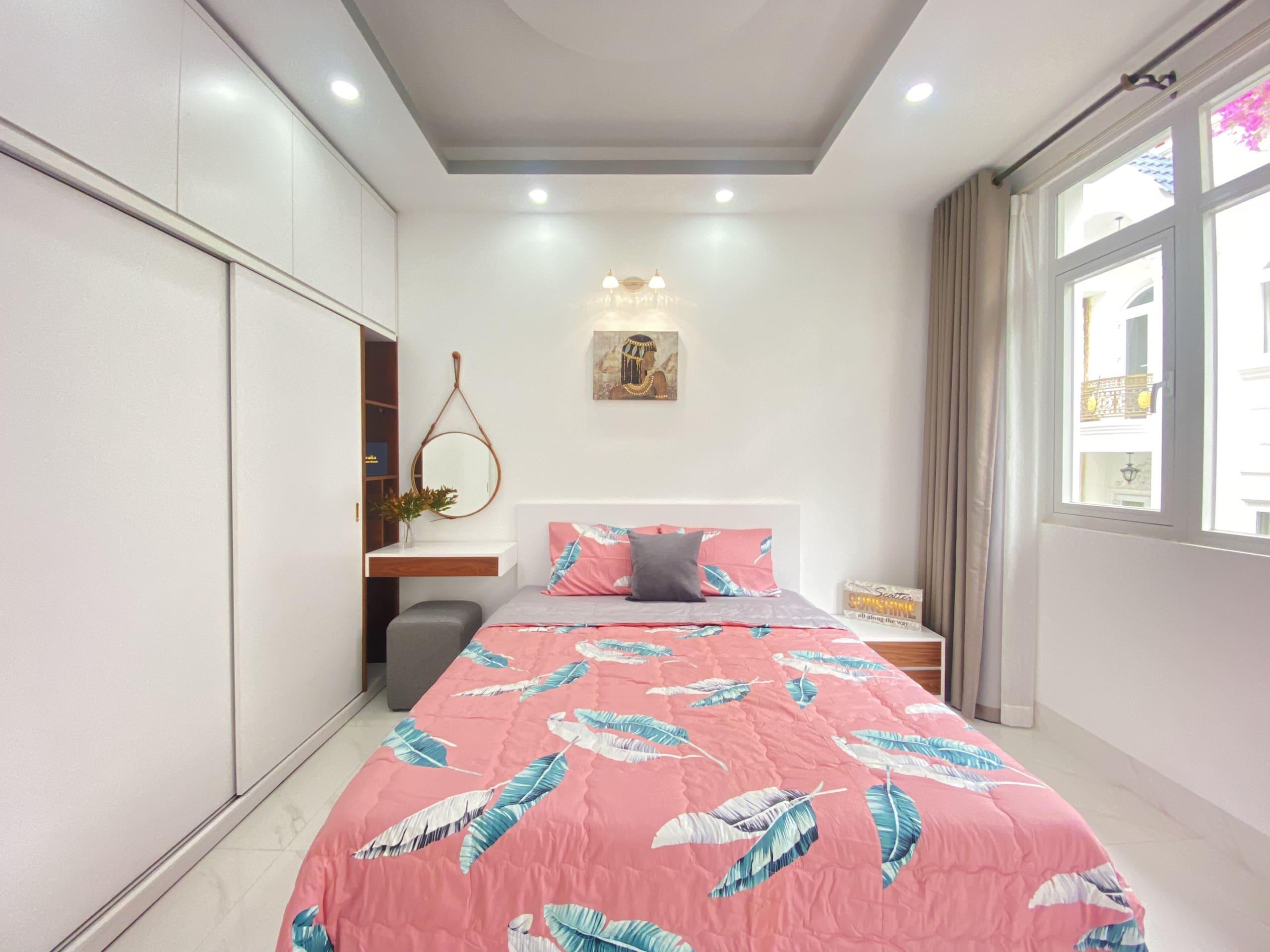Bán Nhà Xe Hơi Trong Nhà Gần Lotte Mart Q7 – DT 4×13.5m – 5 Tầng – Full Nội Thất | 7.95 Tỷ