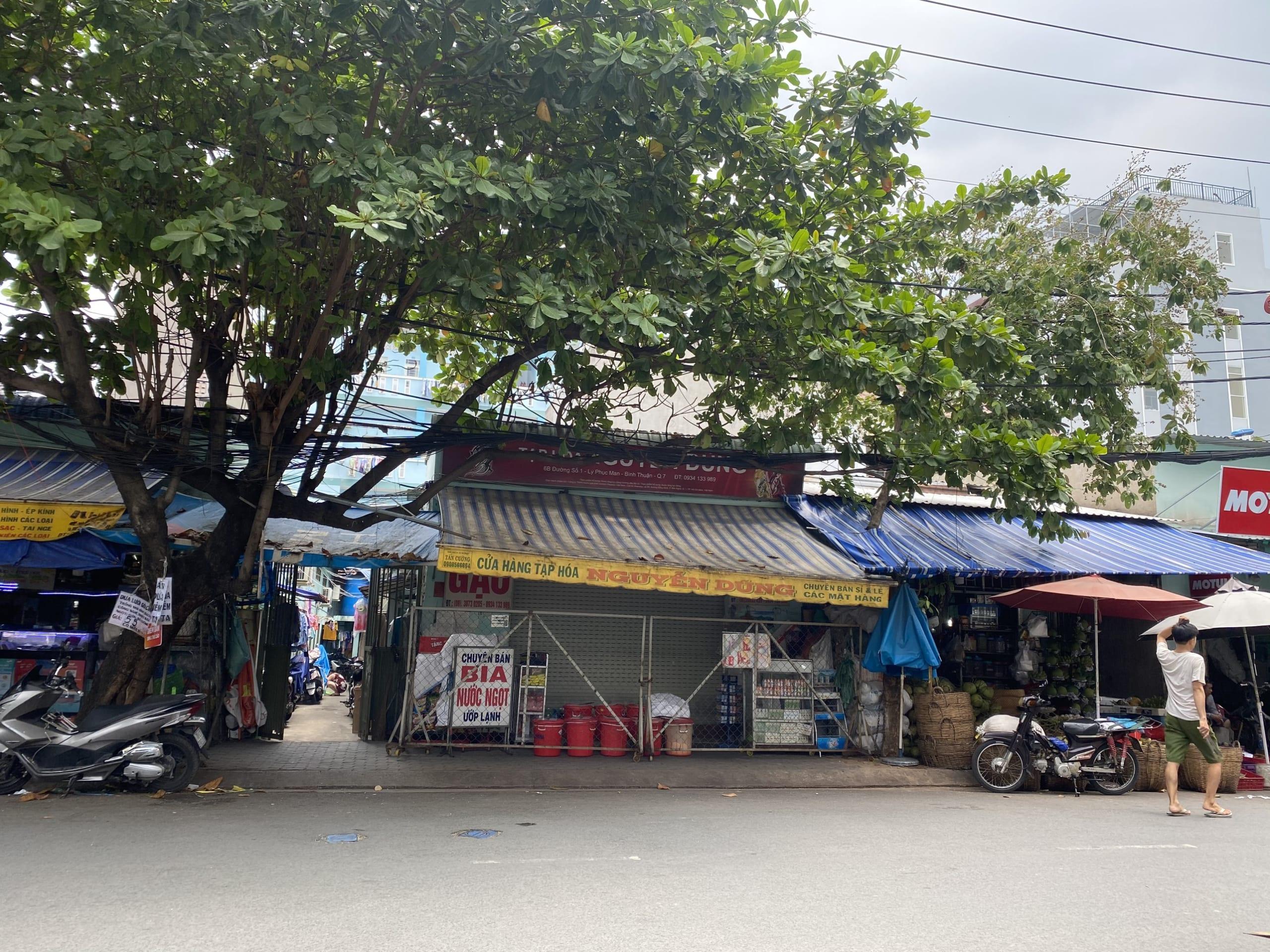 Nhà Mặt Tiền Hẻm 8m Kinh Doanh Bùi Văn Ba, DT 5x18m chỉ 6.3 tỷ