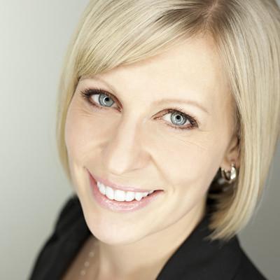 Julie clark   headshot