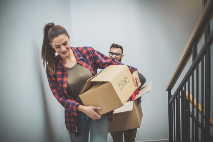 students moving into their flat