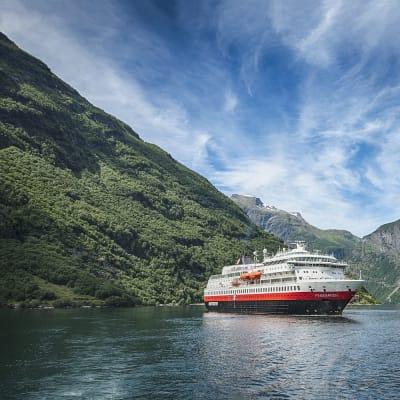 Rederiet Hurtigruten