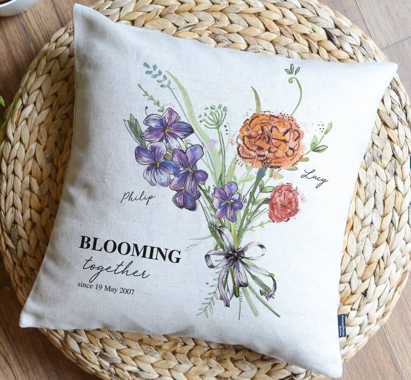 picture of blooming pillow