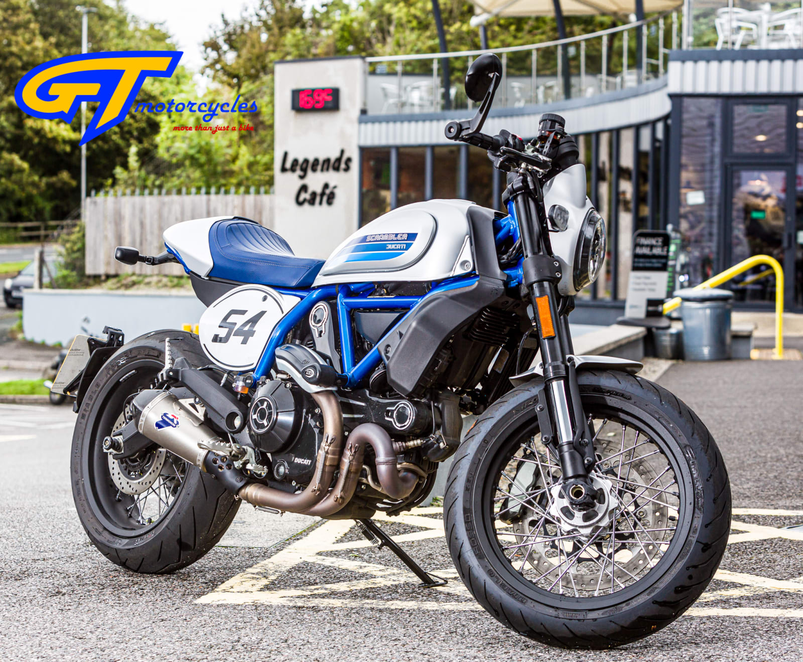 picture of a Ducati Scrambler Cafe racer Edition R
