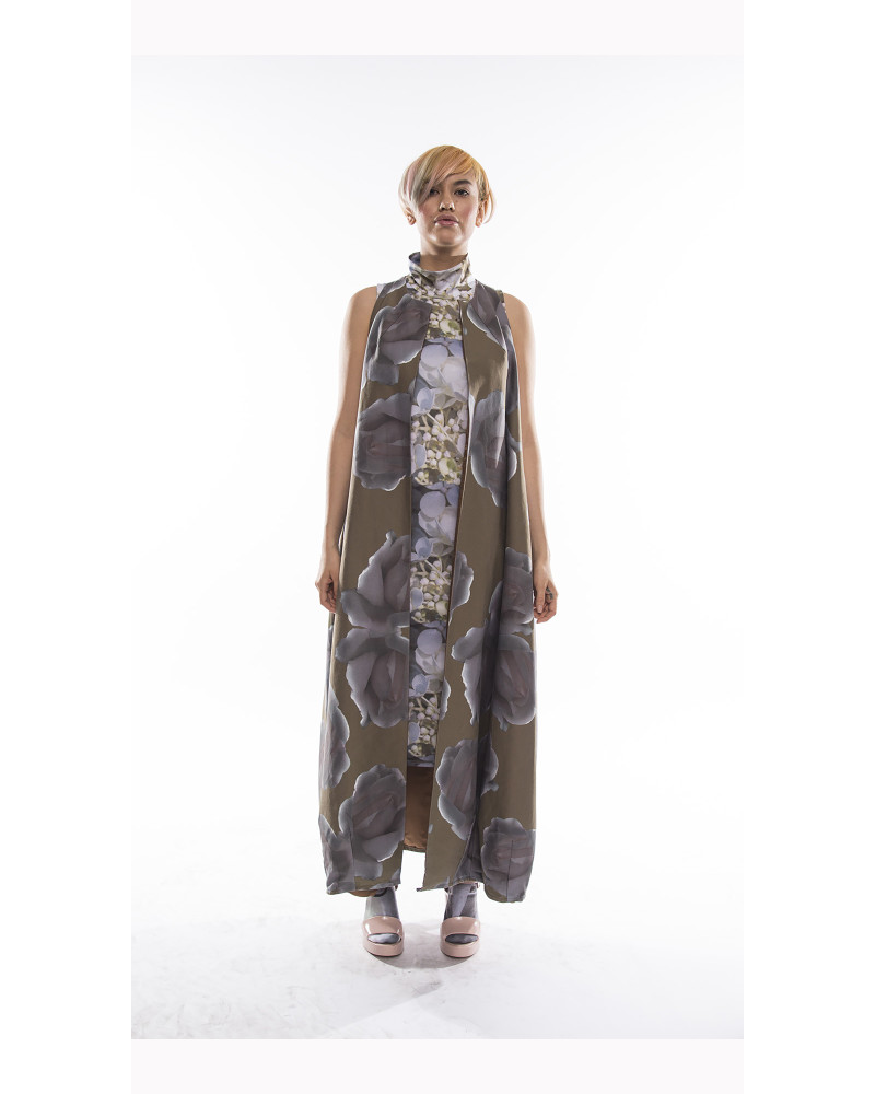 Roses Opera Vest, Everything's Coming Up Roses, Kaer