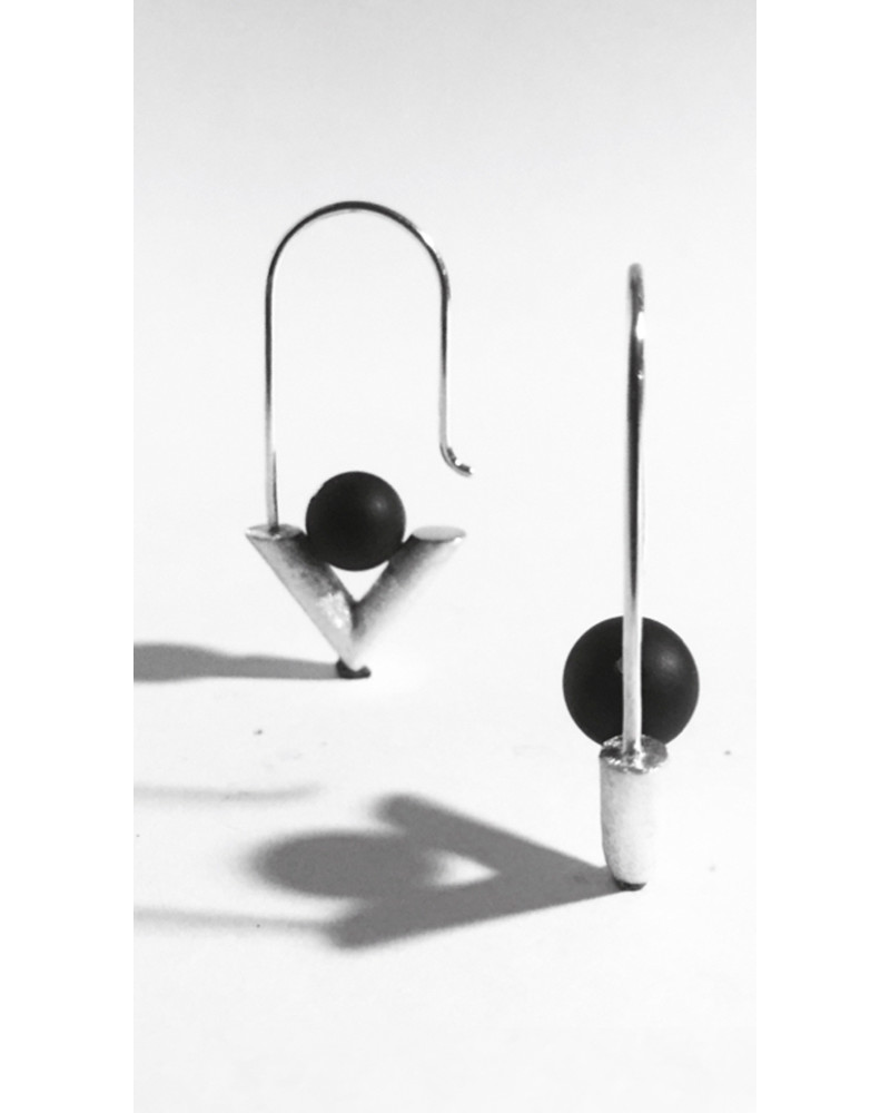 RM14 • A Earrings, L I N E A, René Moreta