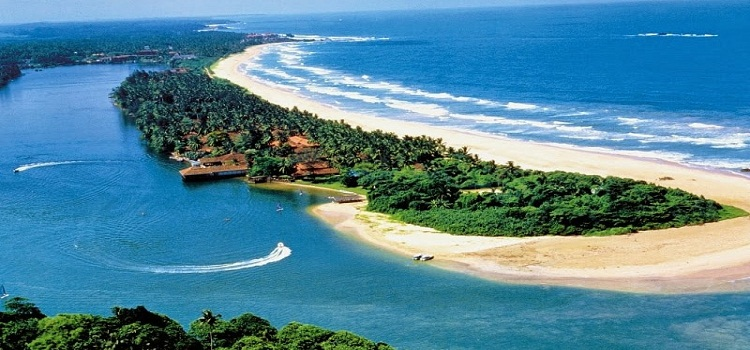 beach-in-sri-lanka-by-nirvana-trip