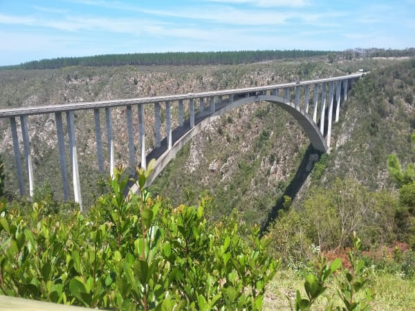 Bungee Jumpıng In Bloukrans Bridge South Afrıca
