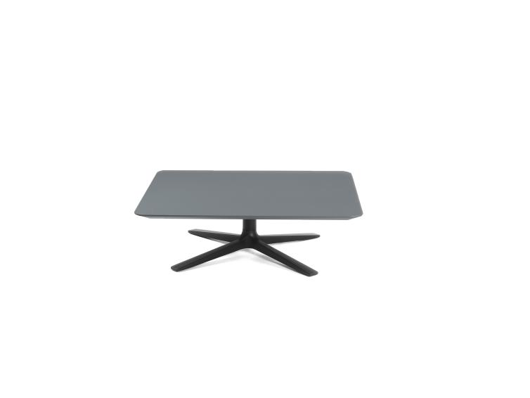 Trifidae - Trifidae low table outdoor