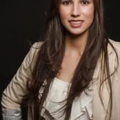 Yesenia Larios