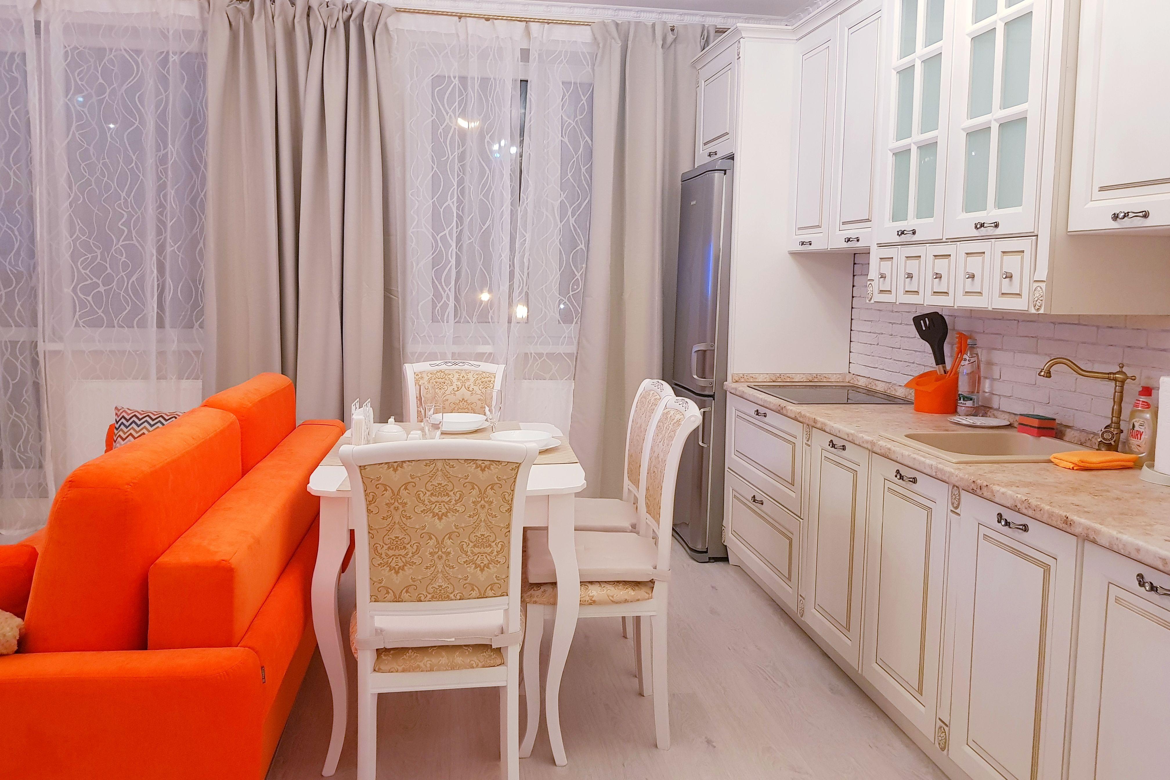 Казань, улица Алексея Козина, 3А - 2-ком. Квартира - аренда посуточно в Казани #10104