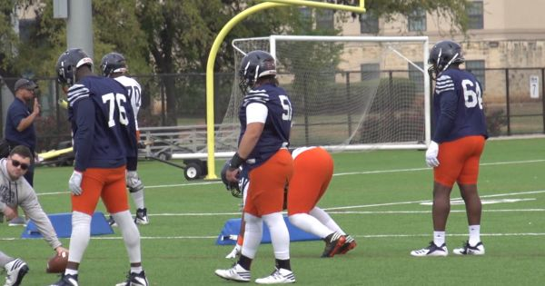 Image of UTSA Football defense during practice