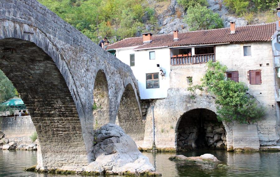 The village of Rijeka Crnojevića