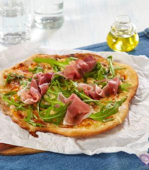 Pizza med parma og ruccola
