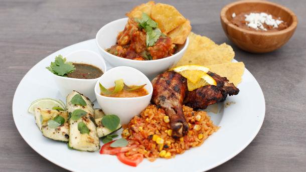 Meksikansk grilltallerken med kylling og scampi
