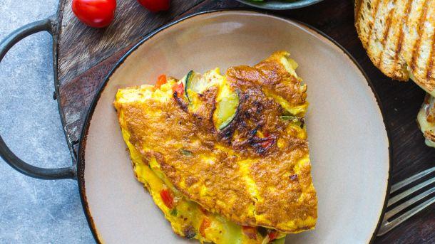 Omelett med paprika og squash