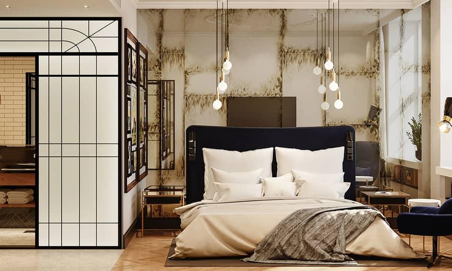 Hotellrom med morderne design, stor seng og stol
