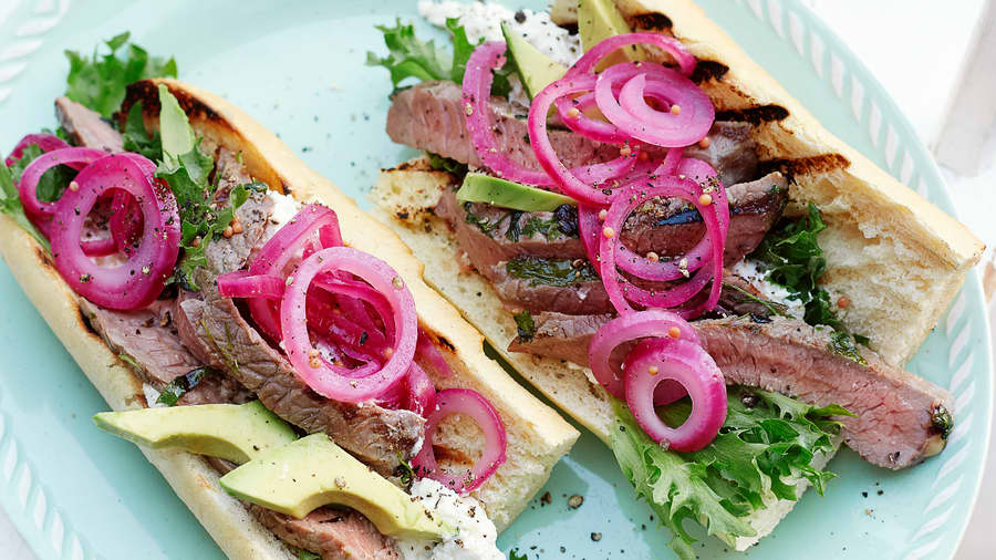 Sandwich med urtegrillet mørbrad