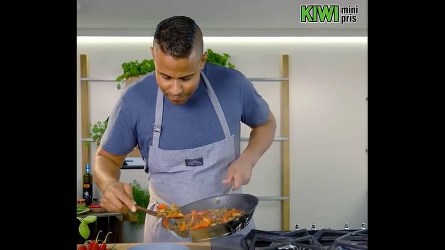 Chop Suey wok med strimlet svin