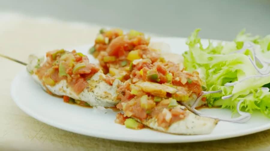Kreolske scampi- og kyllingspyd